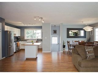 Photo 8: 2720 OAKMOOR Drive SW in Calgary: Oakridge House for sale : MLS®# C4065704