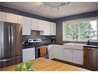 Photo 4: 2720 OAKMOOR Drive SW in Calgary: Oakridge House for sale : MLS®# C4065704
