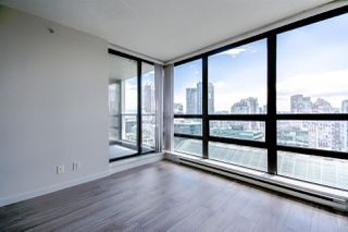"Photo 1: 1805 938 SMITHE Street in Vancouver: Downtown VW Condo for sale in ""Electric Avenue"" (Vancouver West)  : MLS®# R2073048"