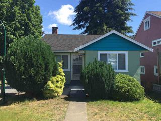 Photo 1: 5406 JOYCE Street in Vancouver: Collingwood VE House for sale (Vancouver East)  : MLS®# R2078037