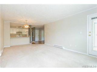 Photo 6: 205 400 Dupplin Rd in VICTORIA: SW Rudd Park Condo Apartment for sale (Saanich West)  : MLS®# 734375