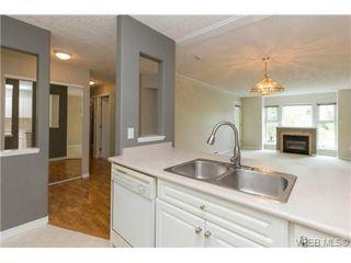 Photo 7: 205 400 Dupplin Rd in VICTORIA: SW Rudd Park Condo Apartment for sale (Saanich West)  : MLS®# 734375