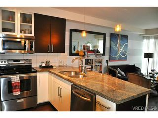 Photo 3: 305 2745 Veterans Memorial Parkway in VICTORIA: La Mill Hill Condo Apartment for sale (Langford)  : MLS®# 367282