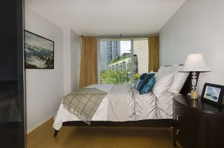 "Photo 9: 707 1008 CAMBIE Street in Vancouver: Yaletown Condo for sale in ""Waterworks"" (Vancouver West)  : MLS®# R2092639"