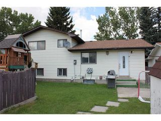Photo 32: 6011 TEMPLE Drive NE in Calgary: Temple House for sale : MLS®# C4075214