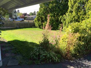 Photo 3: 17436 58A Avenue in Surrey: Cloverdale BC House for sale (Cloverdale)  : MLS®# R2097465