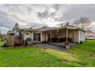 Photo 2: 11690 BURNETT Street in Maple Ridge: East Central House for sale : MLS®# R2123383