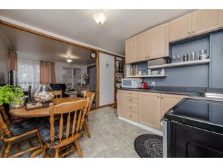 Photo 3: 11690 BURNETT Street in Maple Ridge: East Central House for sale : MLS®# R2123383