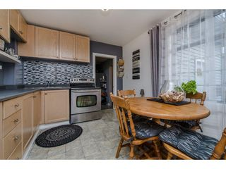 Photo 4: 11690 BURNETT Street in Maple Ridge: East Central House for sale : MLS®# R2123383