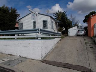 Photo 3: SAN DIEGO House for sale : 1 bedrooms : 4790 DWIGHT STREET