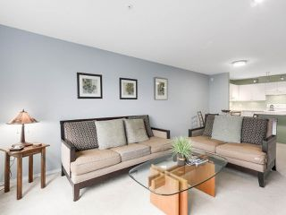 "Photo 8: 216 2559 PARKVIEW Lane in Port Coquitlam: Central Pt Coquitlam Condo for sale in ""THE CRESCENT"" : MLS®# R2156465"