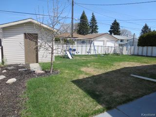 Photo 17: 423 Armstrong Avenue in Winnipeg: Margaret Park Residential for sale (4D)  : MLS®# 1711127