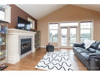 Photo 11: 624 Granrose Terr in VICTORIA: Co Latoria House for sale (Colwood)  : MLS®# 759470