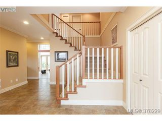 Photo 3: 624 Granrose Terr in VICTORIA: Co Latoria House for sale (Colwood)  : MLS®# 759470