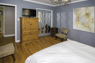 Photo 10: 9580 CHAPMOND Crescent in Richmond: Seafair House for sale : MLS®# R2196849
