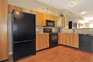 """Photo 10: 93 2000 PANORAMA Drive in Port Moody: Heritage Woods PM Townhouse for sale in """"MOUNTAIN EDGE"""" : MLS®# R2201532"""