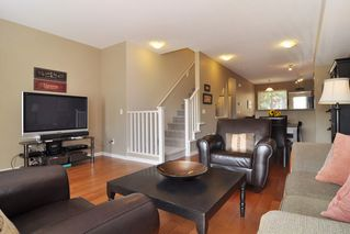 """Photo 4: 93 2000 PANORAMA Drive in Port Moody: Heritage Woods PM Townhouse for sale in """"MOUNTAIN EDGE"""" : MLS®# R2201532"""