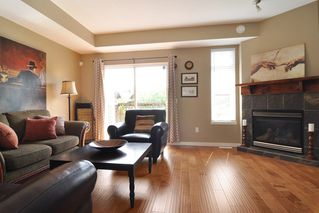 """Photo 3: 93 2000 PANORAMA Drive in Port Moody: Heritage Woods PM Townhouse for sale in """"MOUNTAIN EDGE"""" : MLS®# R2201532"""