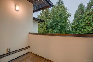 Photo 9: 6240 PORTLAND Street in Burnaby: South Slope House 1/2 Duplex for sale (Burnaby South)  : MLS®# R2214947