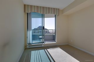 Photo 9: 1904 6611 SOUTHOAKS Crescent in Burnaby: Highgate Condo for sale (Burnaby South)  : MLS®# R2216426