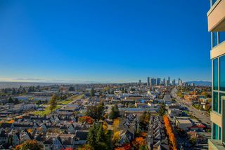 Photo 15: 1904 6611 SOUTHOAKS Crescent in Burnaby: Highgate Condo for sale (Burnaby South)  : MLS®# R2216426