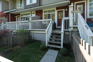 "Photo 3: 66 19455 65 Avenue in Surrey: Clayton Townhouse for sale in ""Two Blue"" (Cloverdale)  : MLS®# R2217337"