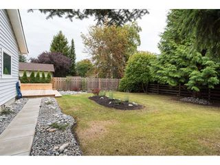 "Photo 19: 15417 19 Avenue in Surrey: King George Corridor House for sale in ""Bakerview"" (South Surrey White Rock)  : MLS®# R2230397"