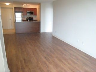 Photo 2: 653 525 Wilson Avenue in Toronto: Clanton Park Condo for lease (Toronto C06)  : MLS®# C4023111