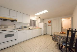 Photo 14: 2248 UPLAND Drive in Vancouver: Fraserview VE House for sale (Vancouver East)  : MLS®# R2235367