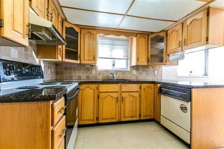 Photo 7: 7157 NANAIMO Street in Vancouver: Fraserview VE House for sale (Vancouver East)  : MLS®# R2236648