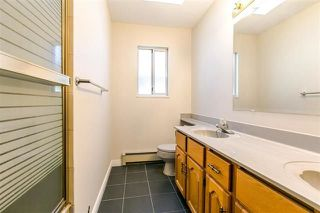 Photo 13: 7157 NANAIMO Street in Vancouver: Fraserview VE House for sale (Vancouver East)  : MLS®# R2236648