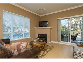 Photo 4: 204 1685 152A STREET in Surrey: King George Corridor Condo for sale (South Surrey White Rock)  : MLS®# R2228251