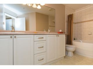 Photo 14: 204 1685 152A STREET in Surrey: King George Corridor Condo for sale (South Surrey White Rock)  : MLS®# R2228251