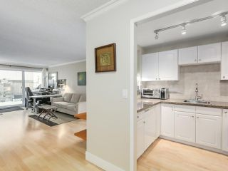 Photo 3: 105 2416 W 3RD Avenue in Vancouver: Kitsilano Condo for sale (Vancouver West)  : MLS®# R2239626