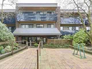 Photo 2: 105 2416 W 3RD Avenue in Vancouver: Kitsilano Condo for sale (Vancouver West)  : MLS®# R2239626