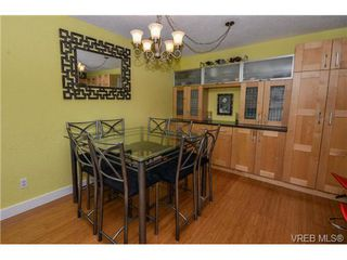 Photo 13: 203 1040 Southgate Street in VICTORIA: Vi Fairfield West Residential for sale (Victoria)  : MLS®# 350200