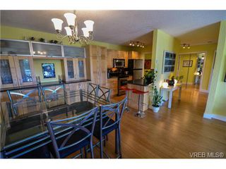 Photo 19: 203 1040 Southgate Street in VICTORIA: Vi Fairfield West Residential for sale (Victoria)  : MLS®# 350200