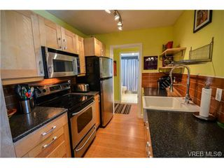 Photo 14: 203 1040 Southgate Street in VICTORIA: Vi Fairfield West Residential for sale (Victoria)  : MLS®# 350200