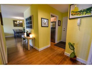 Photo 20: 203 1040 Southgate Street in VICTORIA: Vi Fairfield West Residential for sale (Victoria)  : MLS®# 350200
