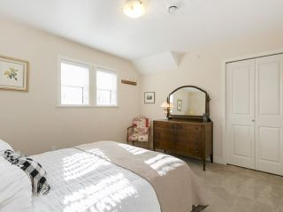 Photo 13: 2025 E 10TH AVENUE in Vancouver: Grandview VE House 1/2 Duplex for sale (Vancouver East)  : MLS®# R2247203