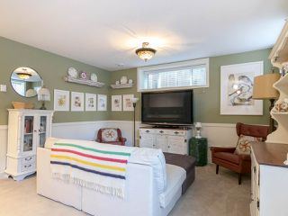 Photo 17: 2025 E 10TH AVENUE in Vancouver: Grandview VE House 1/2 Duplex for sale (Vancouver East)  : MLS®# R2247203