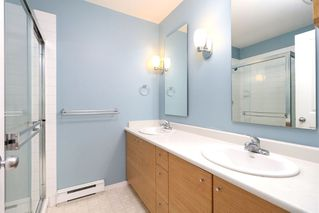"""Photo 19: 57 11067 BARNSTON VIEW Road in Pitt Meadows: South Meadows Townhouse for sale in """"COHO"""" : MLS®# R2252332"""