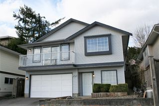 """Photo 3: 33358 4TH Avenue in Mission: Mission BC House for sale in """"Lane off Murray"""" : MLS®# R2252998"""
