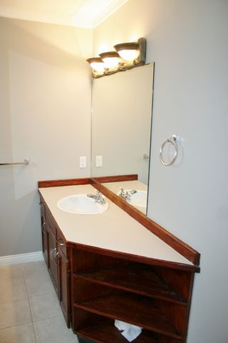 """Photo 23: 33358 4TH Avenue in Mission: Mission BC House for sale in """"Lane off Murray"""" : MLS®# R2252998"""