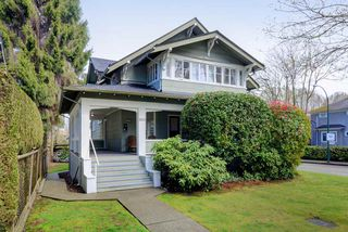 Photo 1: 1805 W 13TH Avenue in Vancouver: Kitsilano House for sale (Vancouver West)  : MLS®# R2253628