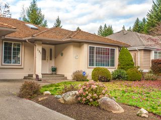 Photo 2: 391 Palm Drive in Qualicum Beach: House for sale : MLS®# 400199