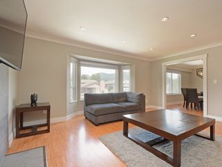 Photo 5: 3144 BOWEN Drive in Coquitlam: New Horizons House for sale : MLS®# R2285884