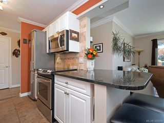 Photo 9: 208 1351 Esquimalt Road in VICTORIA: Es Saxe Point Condo Apartment for sale (Esquimalt)  : MLS®# 395696