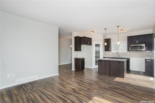 Photo 3: 315 Hassard Close in Saskatoon: Kensington Residential for sale : MLS®# SK744654