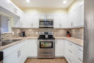 """Photo 10: 437 3364 MARQUETTE Crescent in Vancouver: Champlain Heights Condo for sale in """"CHAMPLAIN RIDGE"""" (Vancouver East)  : MLS®# R2304679"""